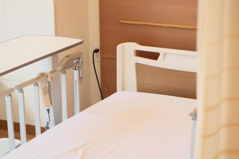 病院ベッド