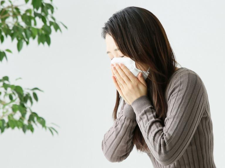 痛みや発熱といった症状が出ている場合