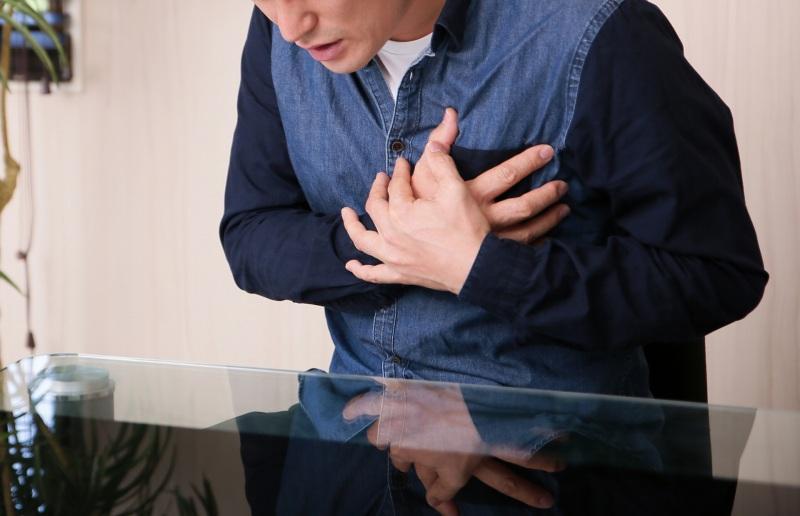 痛みや発熱などの症状がある場合